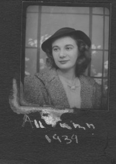 Joan in autumn 1939