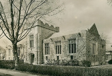 Morristown and Morris Township Library about 100 years ago.