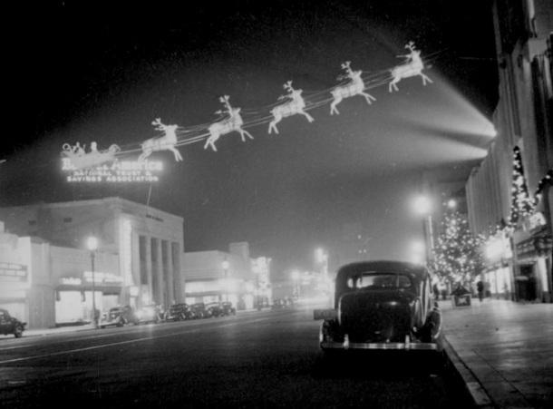 Wilshire Boulevard in 1937.   http://www.martinturnbull.com/2012/12/28/santa-claus-and-his-reindeer-crossing-wilshire-boulevard-christmas-1937/